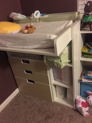 Changing Table / Desk IKEA for Sale in Palmdale, CA