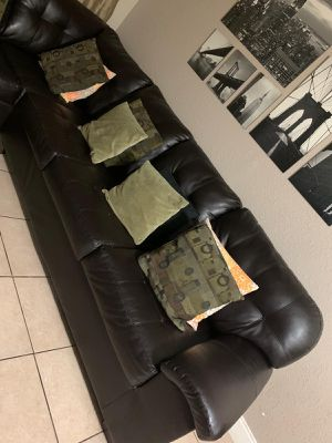 Black Leather Sectional... PICK UP ONLY for Sale in Tamarac, FL