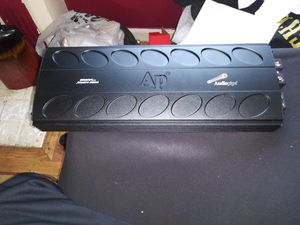 Apmn 2000w Audiopipe Dclass. Look at the pics👌🏿 for Sale in Detroit, MI