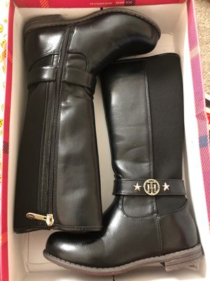 Tommy Hilfiger Boots (Girls Size 12) for Sale in UPPR MARLBORO, MD