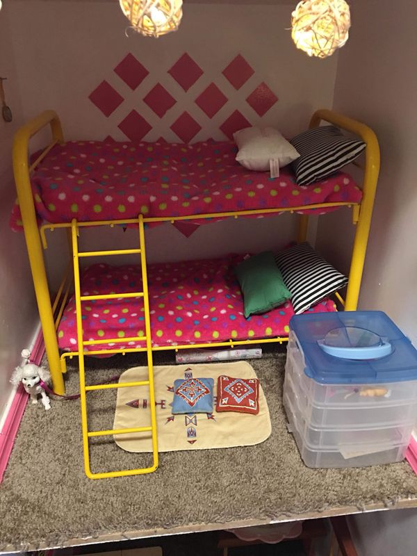 American girl doll house comes with all you see in pictures