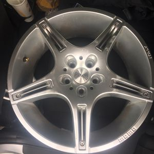 "Momo 17"" Rims for Sale in East Dundee, IL"