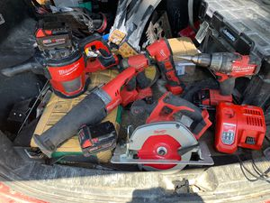Milwaukee 6-tool combo with 5 batteries and rapid charger for Sale in San Antonio, TX