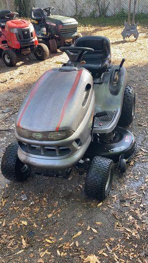 John Deere yard tractor for Sale in Tampa, FL
