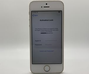 iPhone 5s (Gold) Activation Locked for Sale in Aurora,  CO