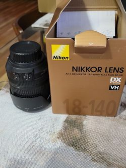 Nikkor Lens 18-140mm for Sale in East Rutherford,  NJ