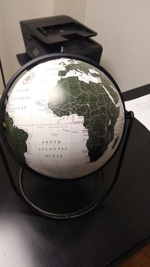 Globe for Sale in Falls Church, VA