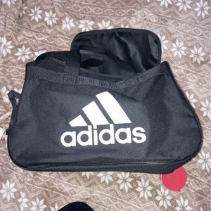 Adidas Duffle Bag for Sale in Ontario, CA