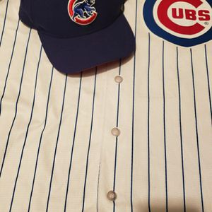 Kris Bryant Cubs Jersey And Hat for Sale in Chicago, IL