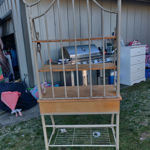 Bakers Rack for Sale in Spanaway, WA