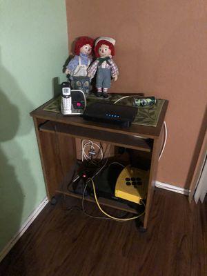 Computer desk for Sale in Stanton, CA