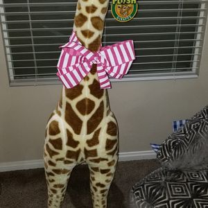 Plush Giraffe 🦒 Stuffed Animal for Sale in Las Vegas, NV