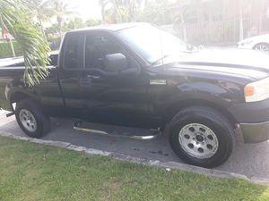 2006 ford f150 xl for Sale in Miami, FL