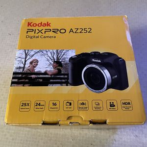 NIB Kodak PIXPRO Camera for Sale in Fitzgerald, GA
