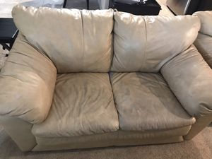 Leather furniture for free for Sale in Fairfield, CA
