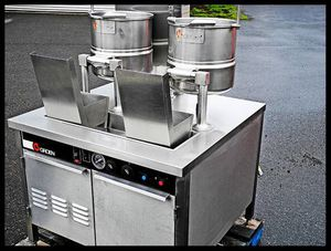 Tilting Steam Kettles GROEN Double 20 Quart / Natural Gas TOTAL 40 QT. - $3,000 (OBO Portland, OR) for Sale in US