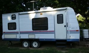 2004, Fleetwood Pioneer Travel Trailer for Sale in Indianapolis, IN