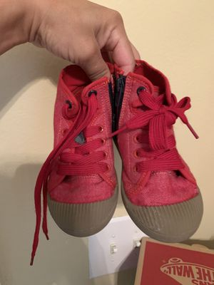Red shoes for boys used one day only size 8 for Sale in Bradenton, FL