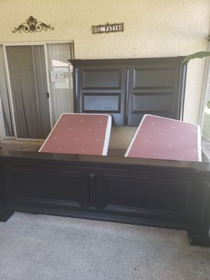 King size bed and mirror and coffee table for Sale in Tampa, FL