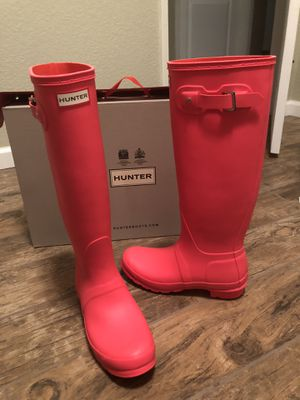 New Hunter Bright Pink Tall Rain Boots Size 8 In Box for Sale in Moreno Valley, CA