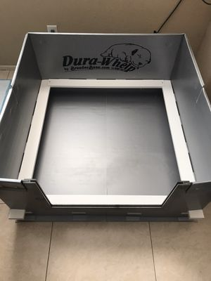 Dura-whelp Whelping box for Sale in Palmdale, CA