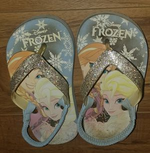 Girls Sandals Size 9/10 ~~ for Sale in Moreno Valley, CA