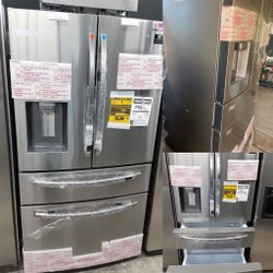 NEW OUT OF BOX SAMSUNG FOUR DOOR STAINLESS STEEL REFRIGERATOR for Sale in Mission Viejo,  CA