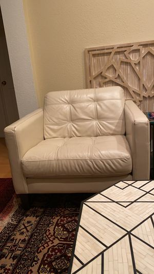 Milan leather sofa and chairs- Macy's for Sale in Placentia, CA