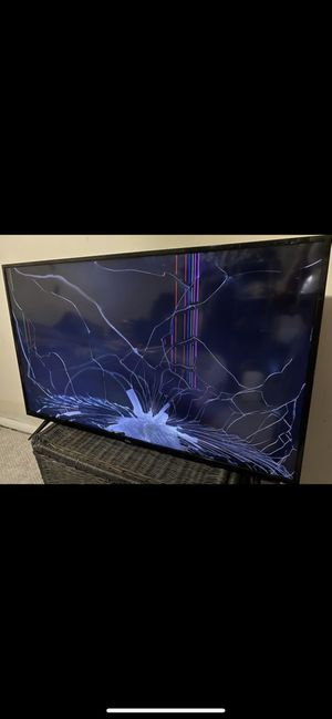 """43 TCL 4K UHD HDR ROKU SMART TV - 43S421 for Sale in Alexandria, VA"