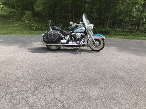 Beautiful 1995 Harley Davidson Heritage Soft tail Classic Motorcycle for Sale in Pleasant View, TN
