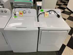 BRAND NEW GE WASHER AND ELECTRIC DRYER SET BWZI for Sale in Inglewood, CA