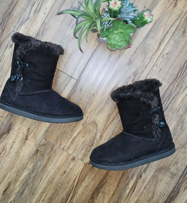 Beautiful warm girls boots for sale !!!