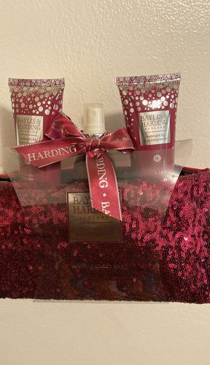 Baylis &Harding England ; midnight fig &pomegranate for Sale in Long Beach, CA