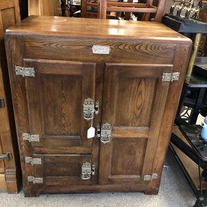 Antique Original Oak Ice Box for Sale in South Elgin, IL