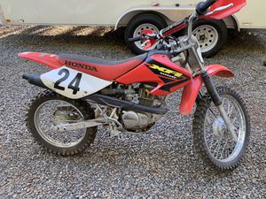 Honda XR 100 motorcycle 2004 for Sale in Oregon City, OR