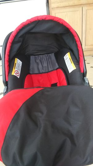 Babytrend car seat like new for Sale in Seffner, FL