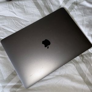 Mac Book Air 2018 - For Parts ONLY for Sale in El Paso, TX