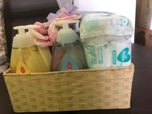 Newborn basket for Sale in Staten Island, NY