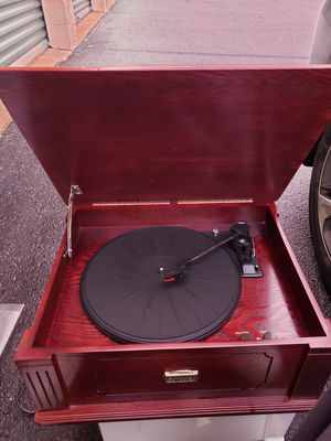 Wooden record player for Sale in Horn Lake, MS