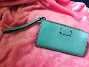 Tiffany and co. Signature colored Kate Spade wristlet for Sale in Fresno, CA