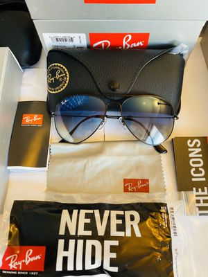 RAY BAN SUNGLASSES AVIATION AVIATOR / BLACK LENS BLUE CLEAR LENS for Sale in Staten Island, NY