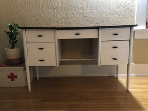 Mid Century Style Desk for Sale in Fresno, CA