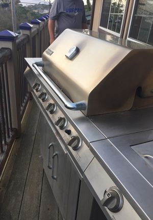 Jenn Air bbq was 849 new selling 50 in cambria text {contact info removed} for Sale in Cambria, CA