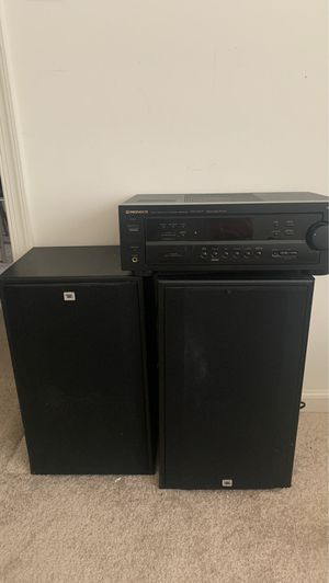 JBL T88 Speakers and Pioneer Receiver VSX D407 for Sale in West New York, NJ