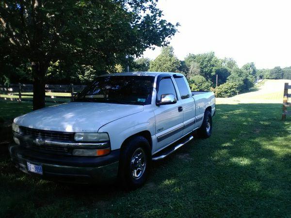 Chevrolet Silverado 1500. V6