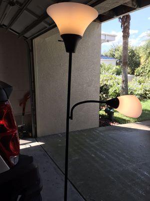 Floor lamp for Sale in Palm Harbor, FL