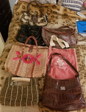 Bundle of 8 Ladies handbags for Sale in Mendenhall, MS