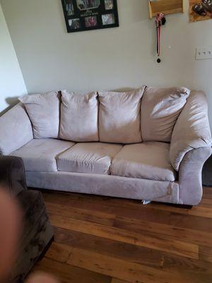 Sofa cama bonito y barato con la cama casi nueva for Sale in West Jordan, UT