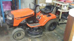 Riding Lawn Mower for Sale in St. Louis, MO