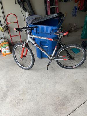 Trek 8000 Mountain Mix Bike for Sale in Joliet, IL